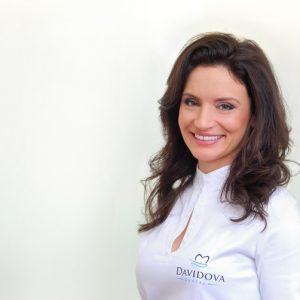 Д-р Вера Давидова
